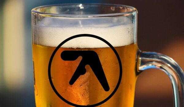 A few pints of Guinness (and vodka and orange) with Aphex Twin… [January 1997] – 909originals